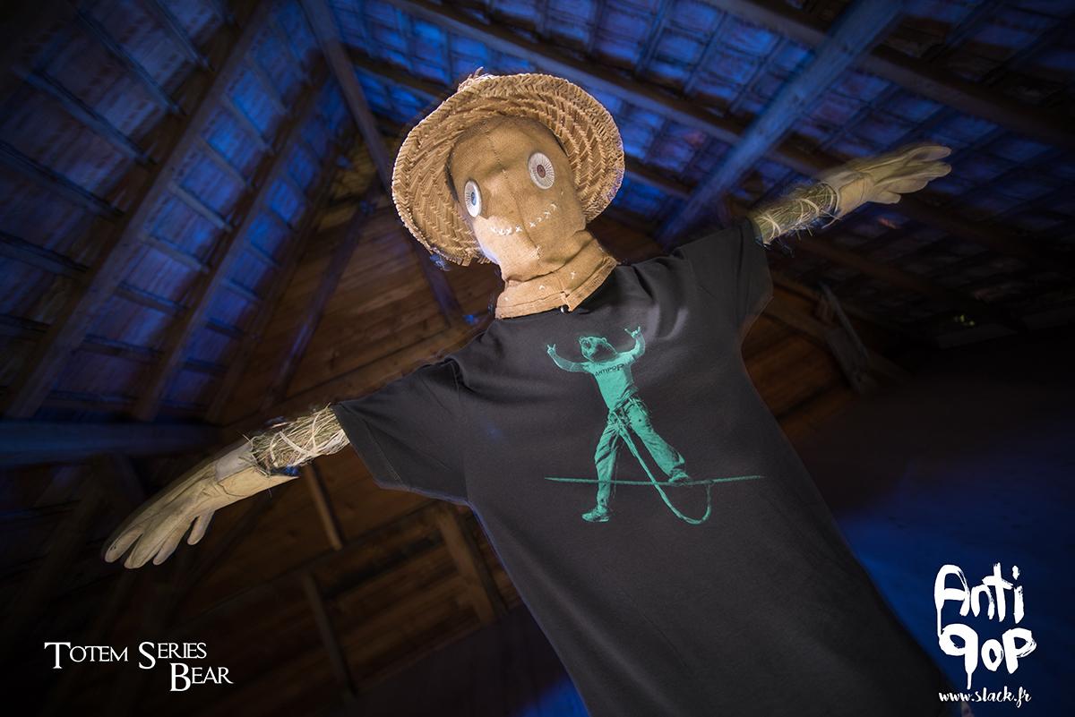 AntiPop Slackline T-shirt Totem Bear